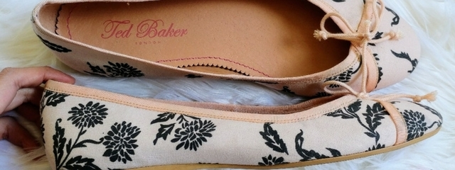 e43086b9171b7 Ted Baker Women s Bags Cosmetic Bags   Cases