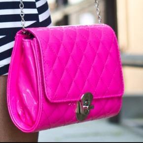 Handbags & Shoes Party
