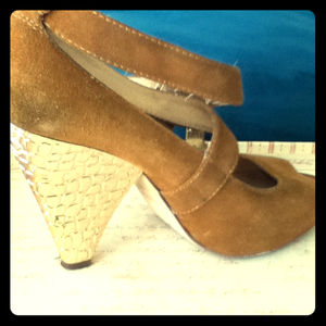 Michael Kors Saddle Suede Peep Toe shoes!