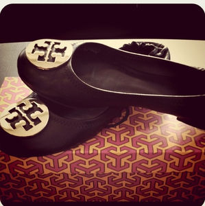 Shoes - Tory Burch flats