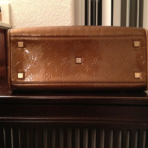 Handbags - Reduced price Louis Vuitton RESERVED