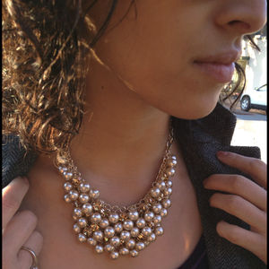 Jewelry - Webbed pearl necklace