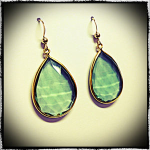 Emerald Green Teardrop Earrings