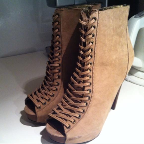Steve Madden Korset booties - worn once