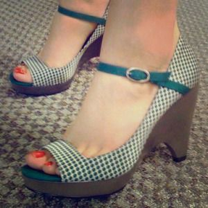 Lela Rose Shoes - Green Polka Dot Mary Jane Wedges