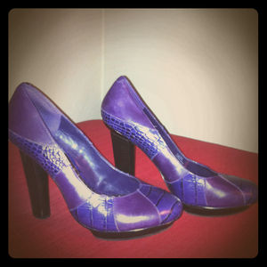 Shoes - BCBGirls platform pumps