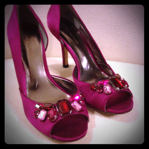 🎀SALE!! 🎀 Fuschia satin D'orsay pumps