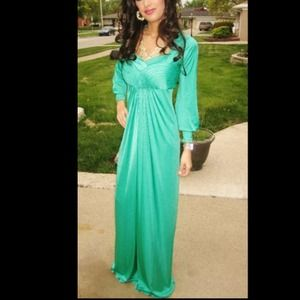 Reserved!! Emerald green BCBG dress
