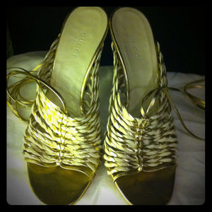 Gucci Shoes - Gucci gold & cream white leather strappy sandals