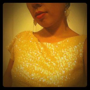 ✨Zara asymmetrical sequins top