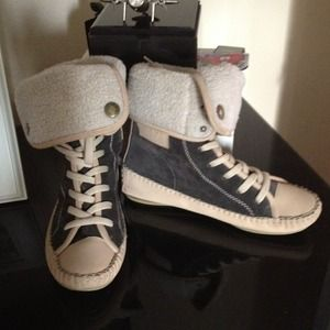 See by Chloe Shoes - SOLD See by Chloé boxer sneakers/boots