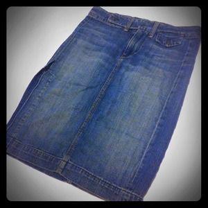👖 7 for All Mankind knee-length denim skirt