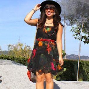 Floral print dress on black ground