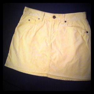 Butter yellow mini skirt