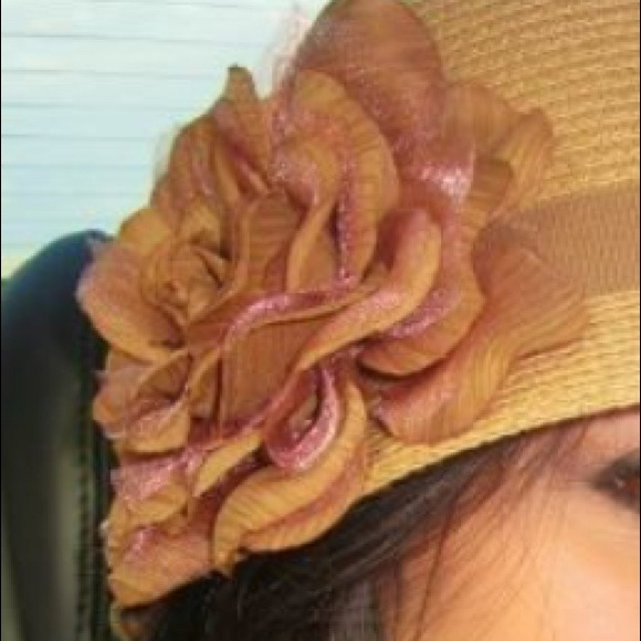 Accessories - Beautiful sun hat