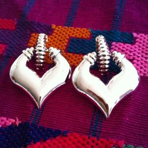 Shiny arrowhead doorknocker earrings