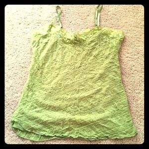 Tops - 🍀Green tank top🍀