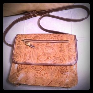Relic Handbags - Vintage Relic purse