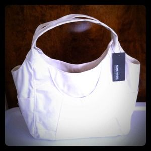 Kenneth Cole Handbags - Brand New w/ Tag✨- KeNNeth Cole Coated Canvas -