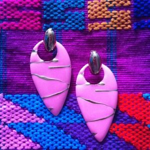 Arrowhead earrings- pink