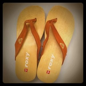 Roxy Shoes - - Roxy Leather Strap Flip Flops -