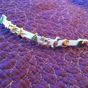 Jewelry - Cute leather Christmas slide charm bracelet