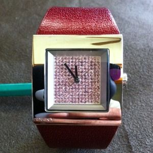Auth. Leather Dkny crystal face watch