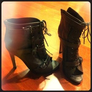 Dolce Vita Shoes - SOLD!! Dolce Vita lace-up bootie