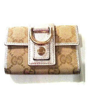Gucci Accessories - Gucci key/card case- reduced