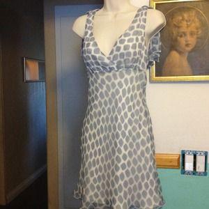 BCBGMaxAzria Dresses & Skirts - BCBG SILK GRAY/CREAM SIZE 2