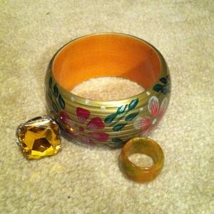 Jewelry - Bangle and 2 rings