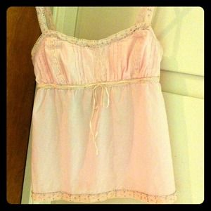American Eagle Outfitters Tops - Brand New w/ Tag✨BabydoLL Spring Top
