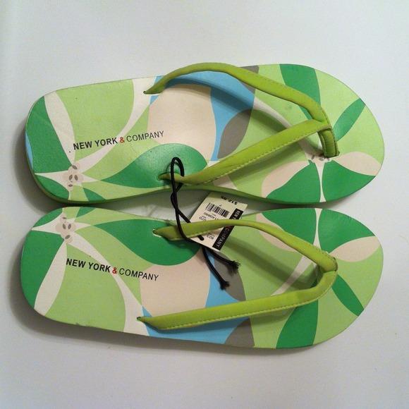 Brand New w/ Tag✨Spring Flip Flops
