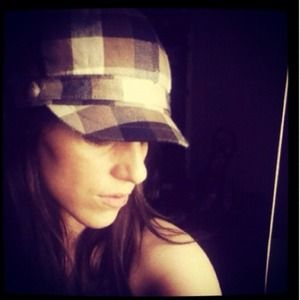 Accessories - Plaid hat!!!
