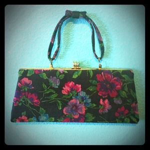 Clutches & Wallets - Vintage floral clutch purse