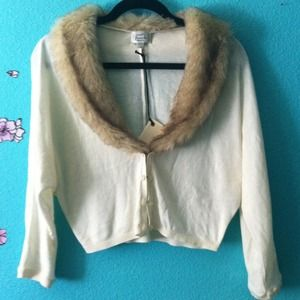 Cream dolman cropped sweater with faux fur collar