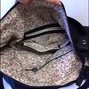 Handbags - 💐floral lining PURSE💐