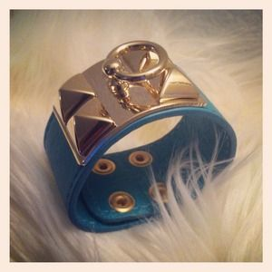 Jewelry - Leather cuff ( reserved)