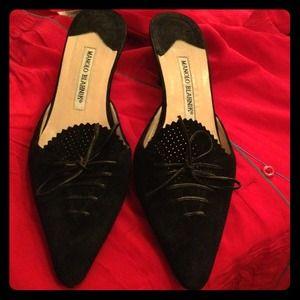 Reserved!! Manolo Blahnik black suede shoes