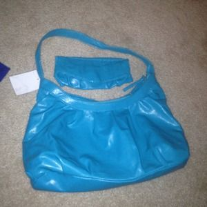 Handbags - NWT! Beautiful teal purse with small bag🌻💙