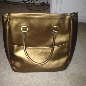 Handbags - Reduced! Large bronze tote!