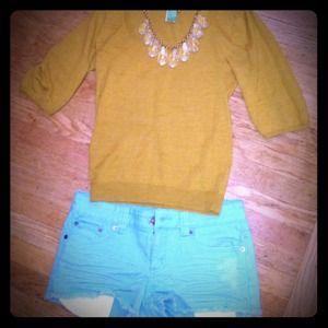 @mack10988: Aqua denim shorts + mustard sweater