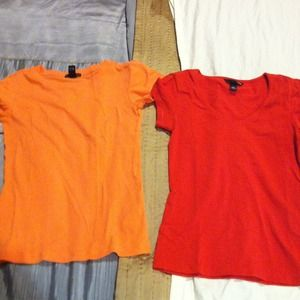 Tops - Light and dark orange tees
