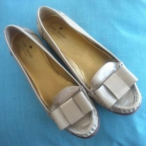 Kate Spade Tan Bow Round-toe Loafer