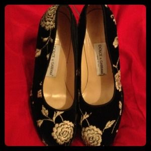 Unavailable!!!Dolce and gabbana shoes