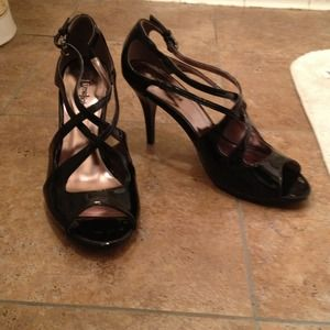 LimeLight Shoes - RESERVED Black Patent Heels!