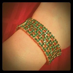 Jewelry - Green sparkle stone bracelet