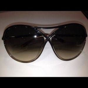 Tom Ford Accessories - Brand new Tom Ford shades