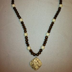 Jewelry - Brown and cream wooden bead necklace