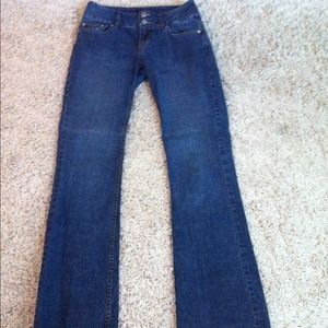 Bundle VS London Jeans